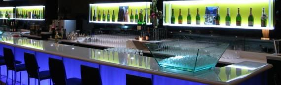 Le caratteristiche e la manutenzione dei banchi bar nel rispetto della normativa HACCP