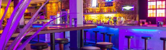 L'arredamento vincente per un cocktail bar di successo